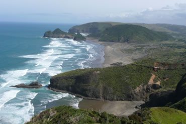 Location & Directions from Auckland to Bethells Beach