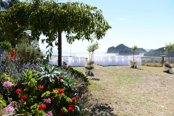 Wedding Packages at Bethells Beach Cottages
